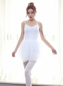 秀人网M梦baby高贵性感美女白丝美腿芭蕾舞装扮写真
