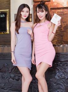 高颜值美女模特姐妹花刘奕宁王曼妮修长美腿写真图片