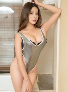 性感巨乳美女筱慧icon丰满美臀内衣诱惑私房写真套图