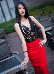 秀人网性感美女模特战姝羽Zina户外街拍写真套图