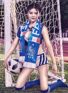 网红馆女神Mieko林美惠子2018世界杯足球宝贝写真套图