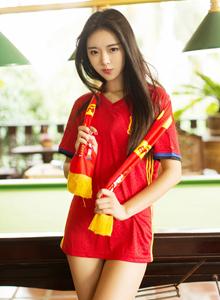 尤蜜荟可乐Vicky巨乳美女足球宝贝内衣诱惑大尺度写真套图