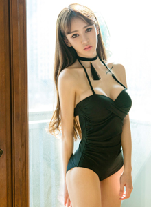 身材火辣美女尤物Cheryl青树性感小野猫诱惑图片