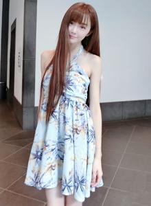 网络红人小清新美女韩雨嘉碎花连衣裙唯美图片