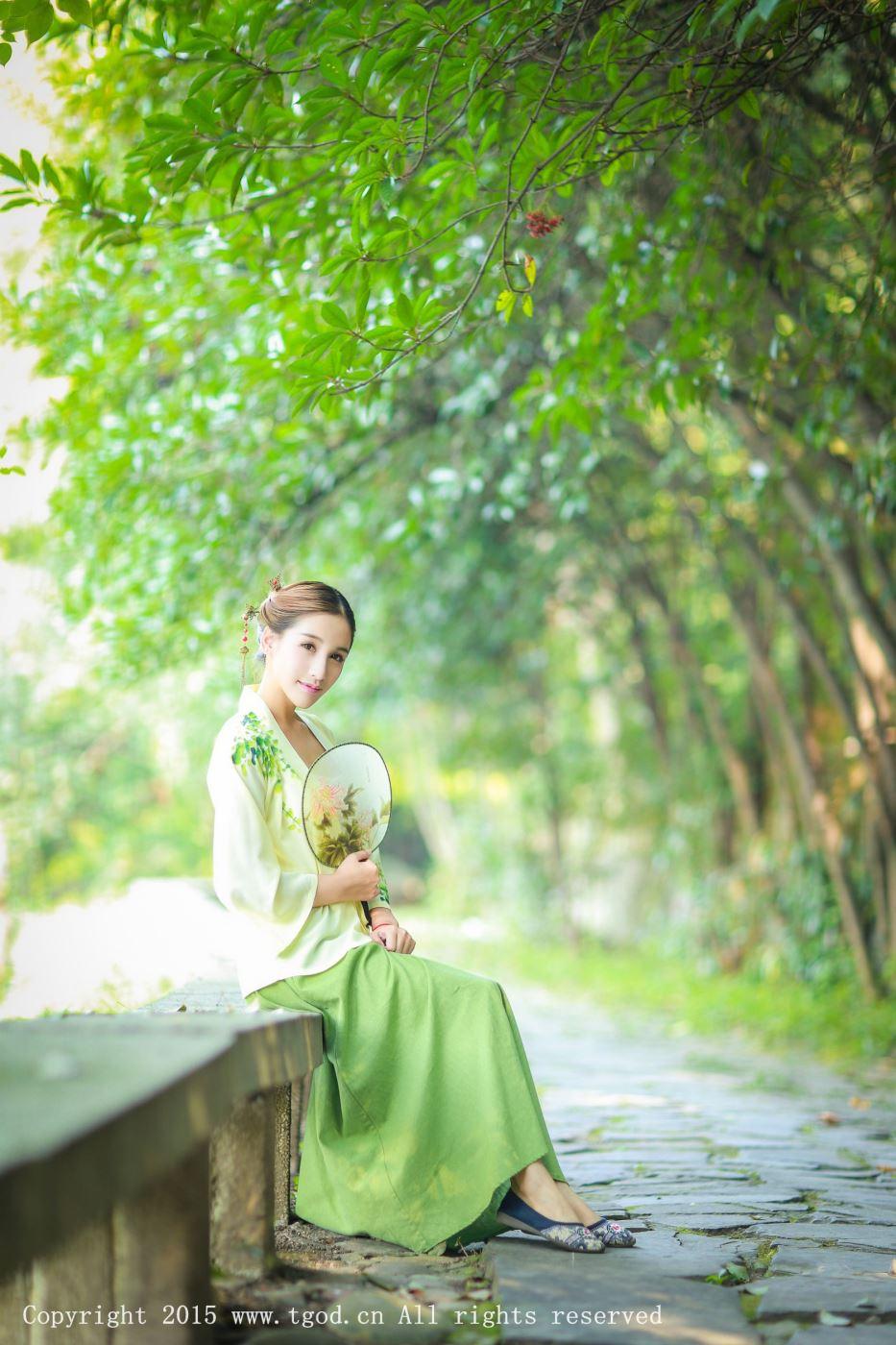 网红小仙女艾希ICE小清新汉服美女古风唯美图片
