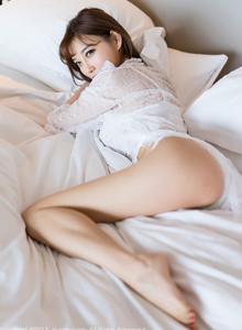 网络红人秀人网性感翘臀女神杨晨晨蕾丝内衣诱惑写真