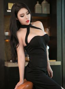 青豆客性感尤物豪乳美女可蕊娜大尺度SM捆绑诱惑