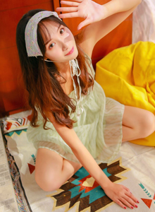 甜美小仙女蕾丝长裙女仆装性感大长腿诱惑写真图片