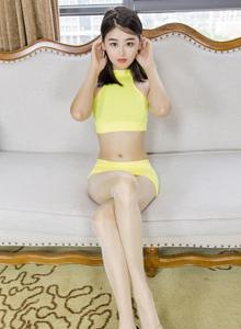 ISHOW爱秀性感美女刘玥菲肉丝美腿丝足诱惑写真图片