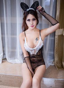 秀人网FoxYini孟狐狸兔女郎制服诱惑情趣内衣大尺度写真