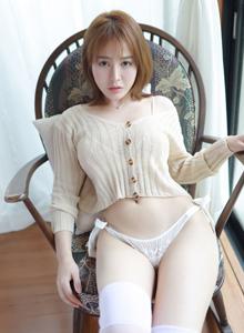 女神范性感美女Evelyn艾莉丰满美臀大胸白丝妹子写真图片