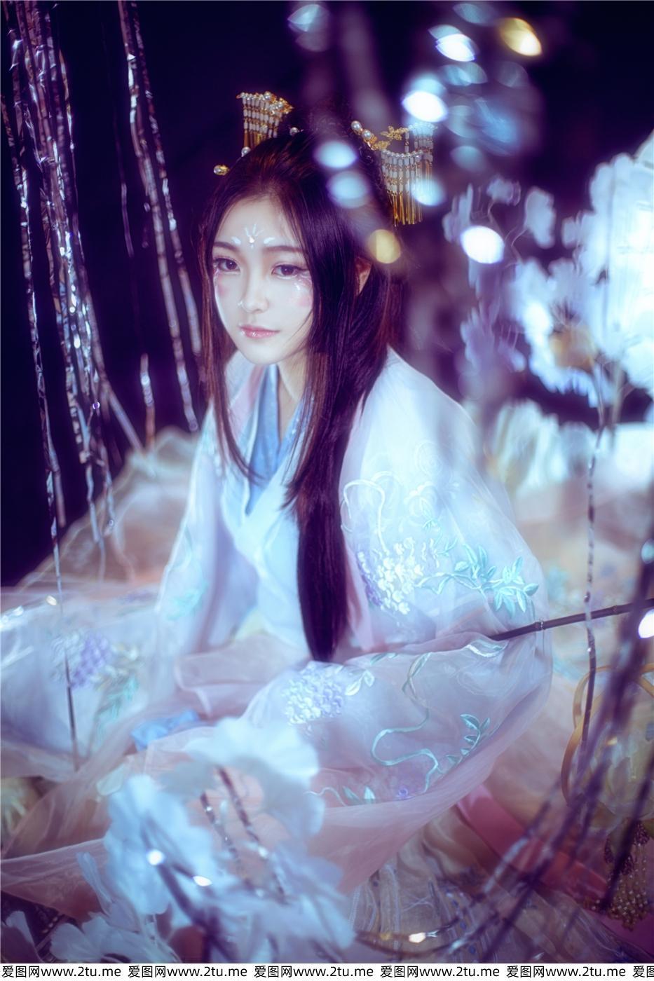 二次元美女汉服小姐姐唯美艺术摄影写真