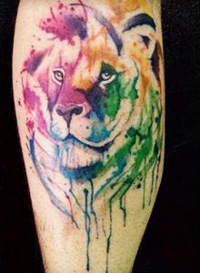 彩色创意狮子纹身图案 手臂动物纹身图片大全