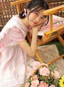 二次元小姐姐女仆装美女制服诱惑学生妹美女写真图片