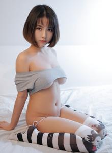 长筒袜诱惑可爱短发少女Bololi波萝社小魔女奈奈BOL.076 写真集