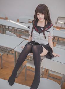 学生妹Yoko宅夏写真_萌妹子黑丝JK制服诱惑_性感萝莉写真集