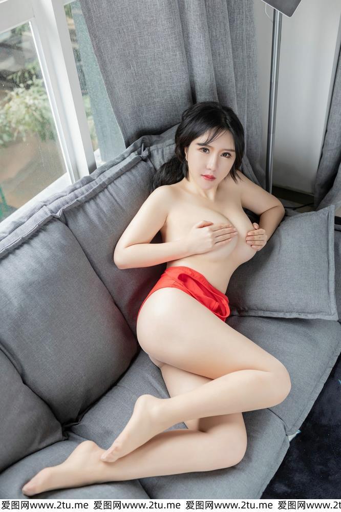 韩恩熙丝袜美腿呼之欲出的美胸熟女 爱蜜社性感肉丝美女写真集