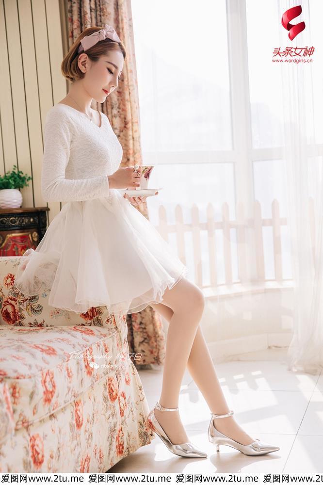 头条女神林美惠子性感美女花季少女蕾丝连衣裙美女写真集