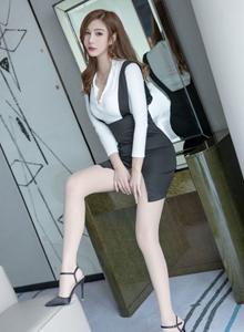气质美女性感丝袜美腿私房高清美女 [IMiss爱蜜社]Cccil福利写真