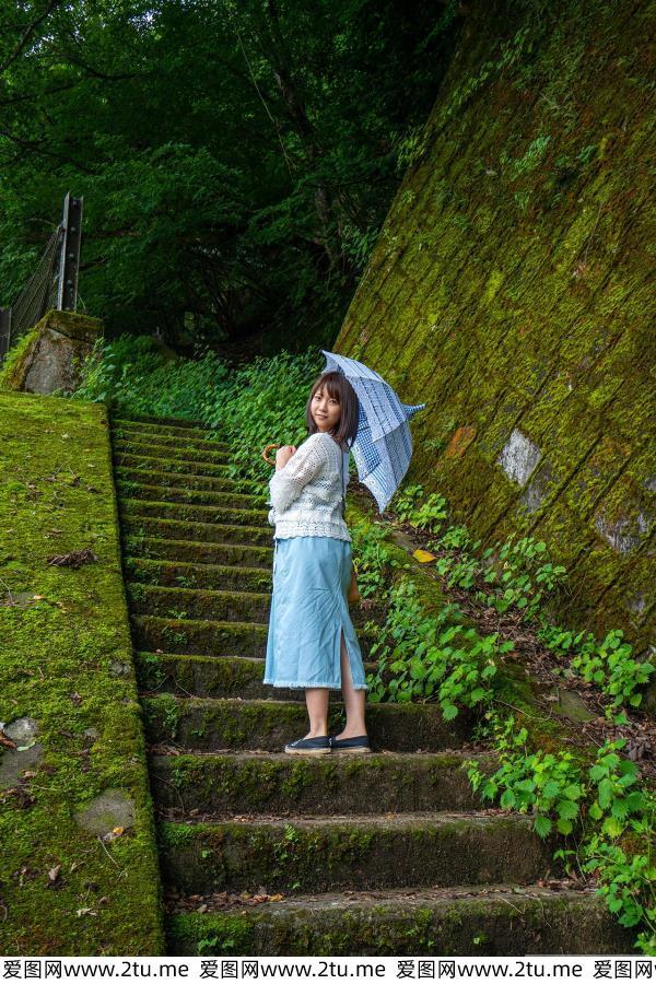 戸田真琴日本美女短发萌妹子黑丝诱惑丰满巨乳大尺度私房照